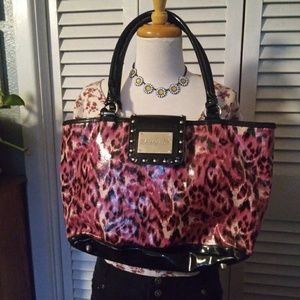 Betseyville Statement Bag